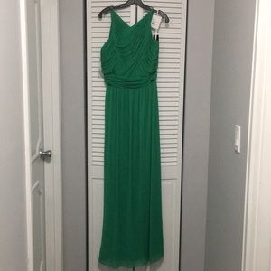 Long green dress size 14 NWT halter neck
